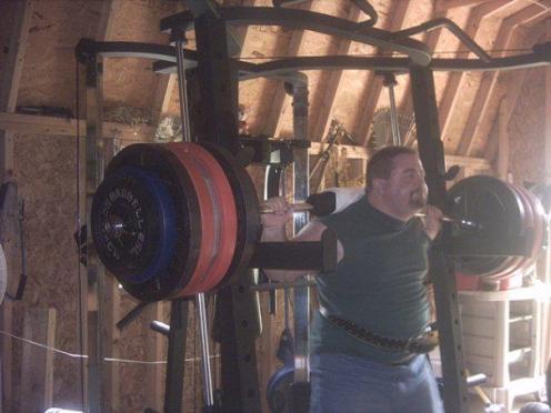800 lbs squat