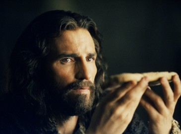 rs_1024x759-140304135629-1024.jim-caviezel-passion-of-the-christ